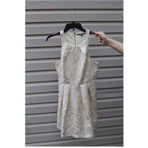 Gianni Bini Champagne & White Halter Dress